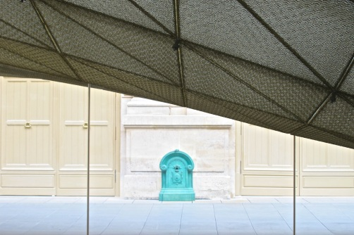 Louvre 1, 2012